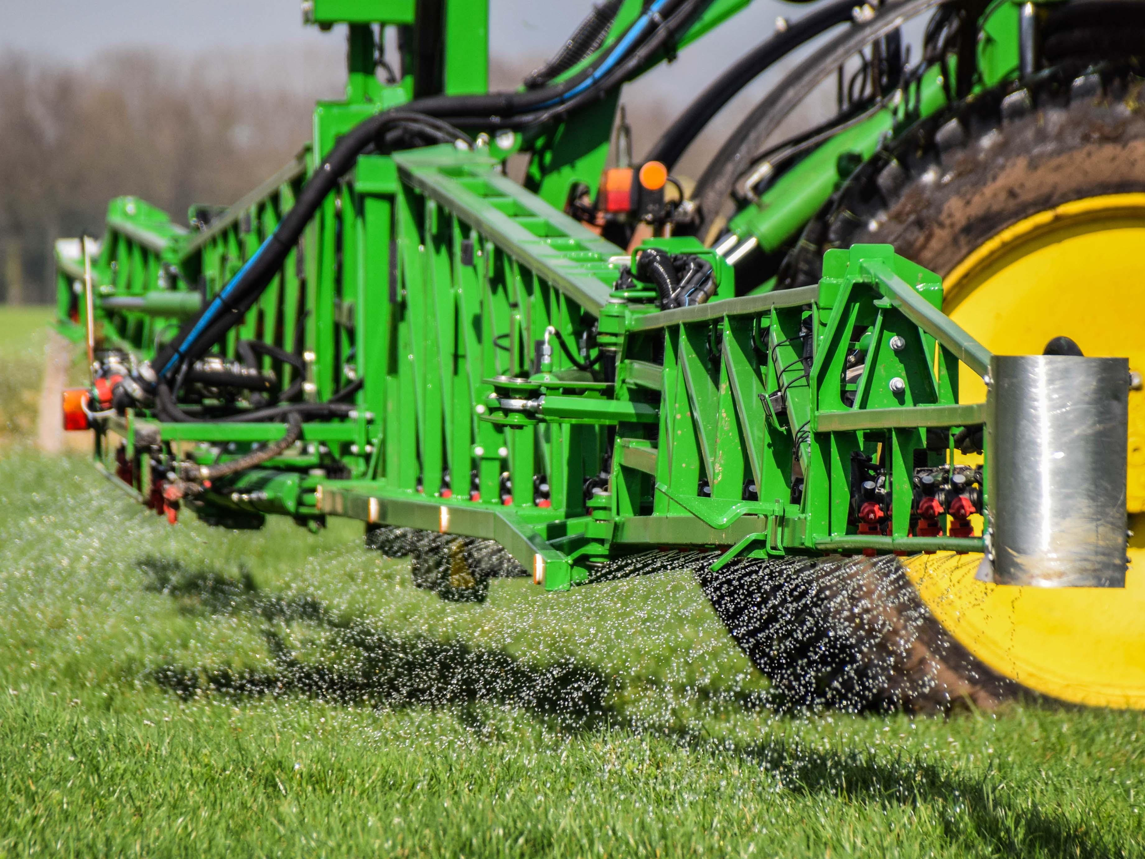 gewasbescherming Vloeibare meststoffen spuiten
